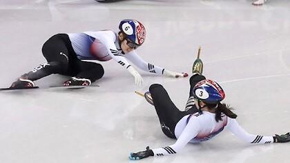 '倒れる'は韓国語で何?넘어지다, 쓰러지다, 무너지다の意味の違いと使い分けを例文で解説